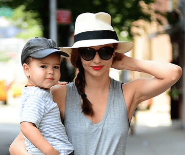 Miranda Kerr with Fedora and Fishtail